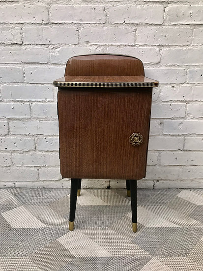 Small Vintage Retro Bedside Table Cabinet #652