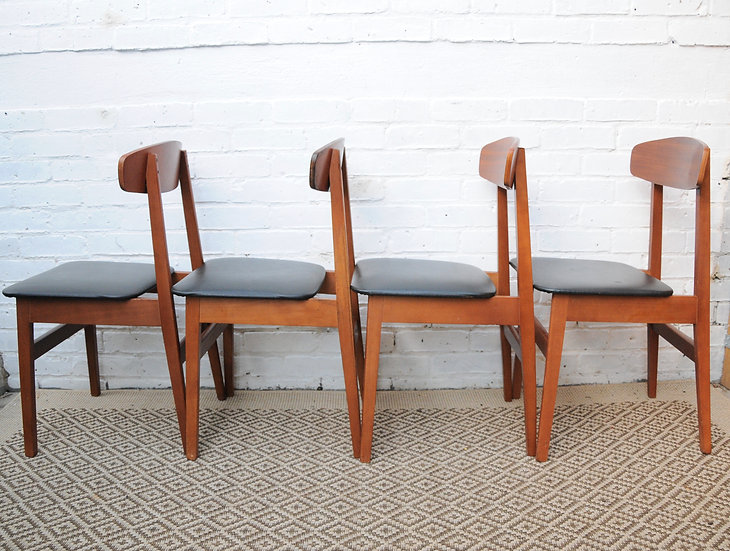 MID CENTURY DINING CHAIRS x 4