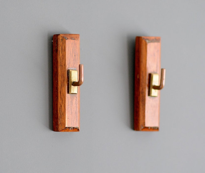 Pair of Wood and Brass Hooks #D285