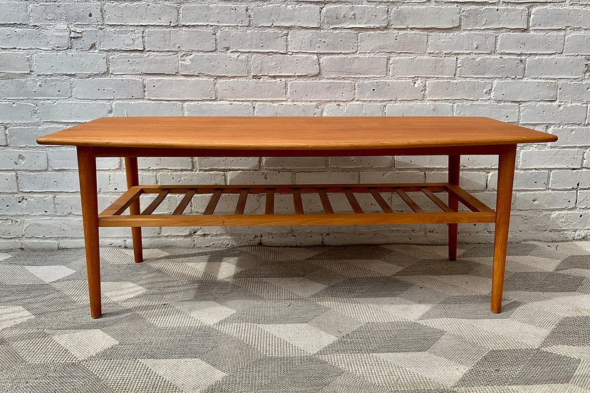 Vintage Coffee Table with Shelf #D120