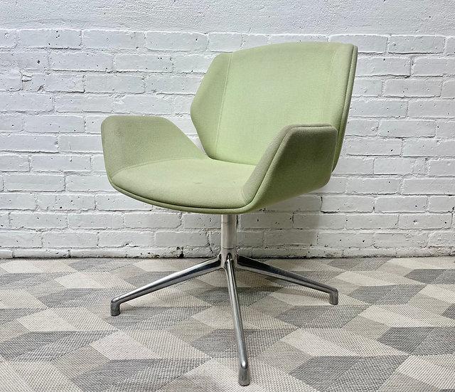 Kruze Swivel Office Chair by Boss Design Green