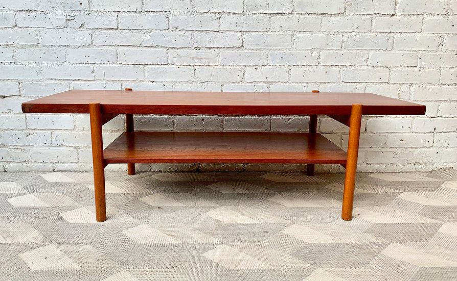 Vintage Coffee Table with Shelf #D189