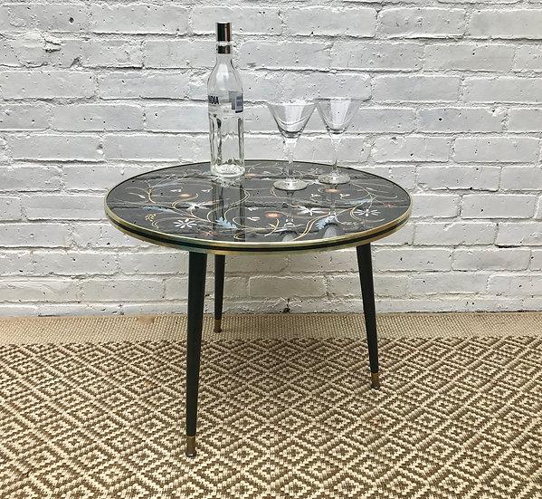 Round Vintage Retro Coffee Table #345