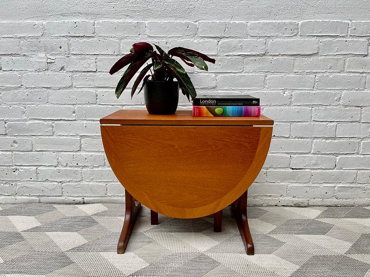 Vintage Folding Teak Coffee Table by Parker Knoll