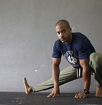 stretching-2307890__340.jpg