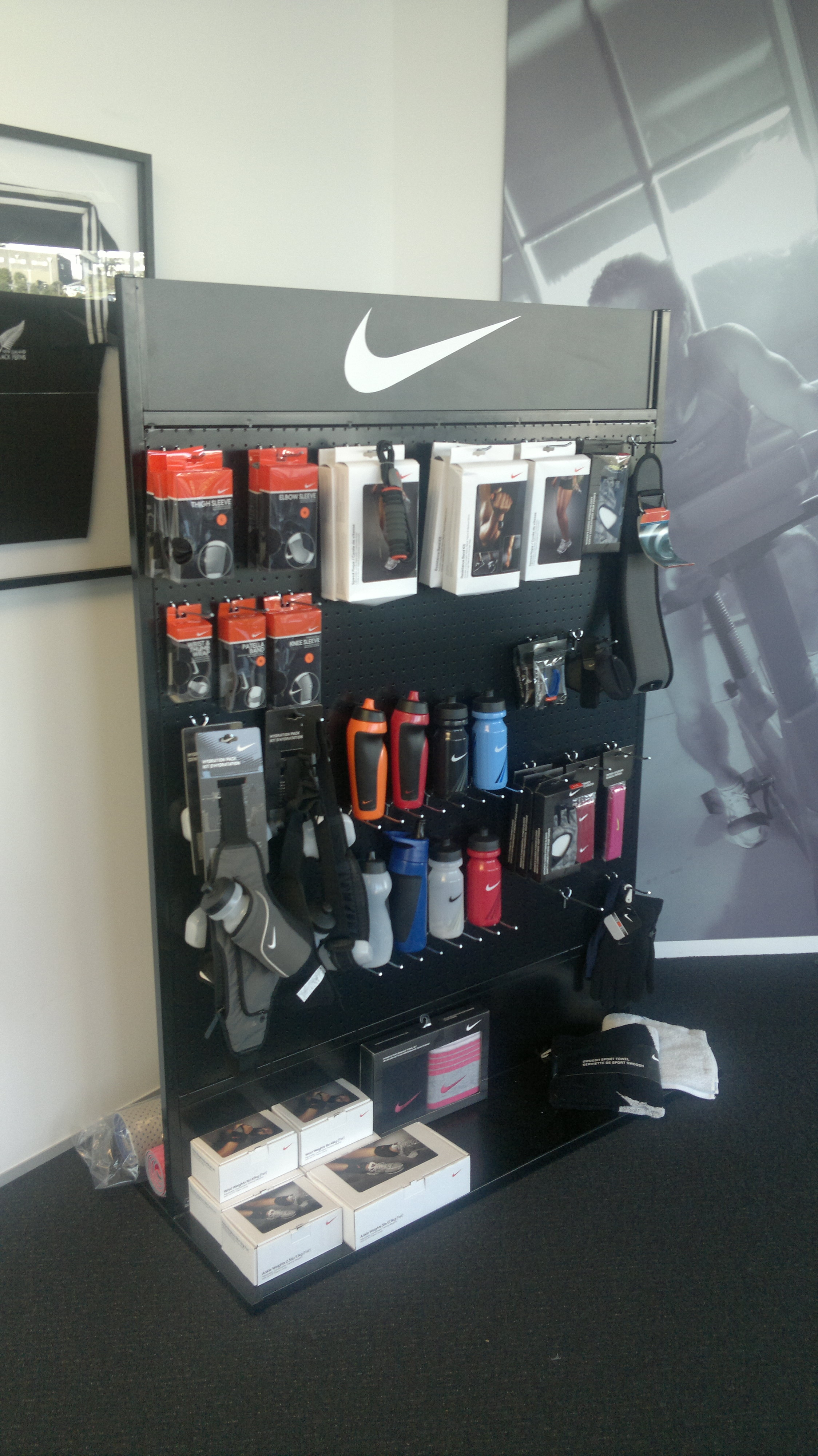 nike stands (1)