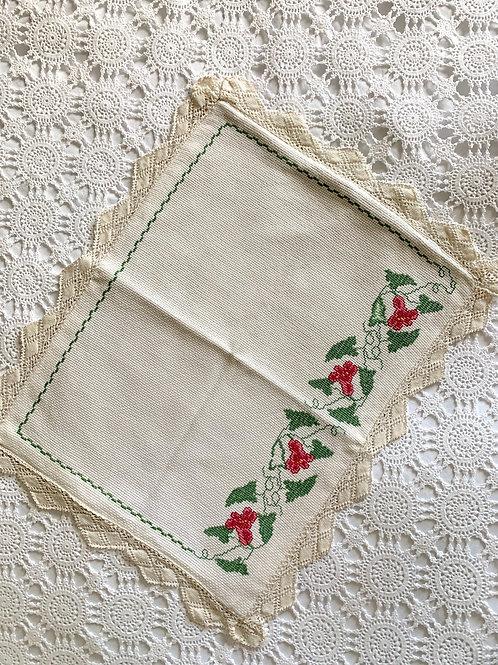 Vintage Cross-stitched Ecru Cotton Breakfast Mat with Lace Trim
