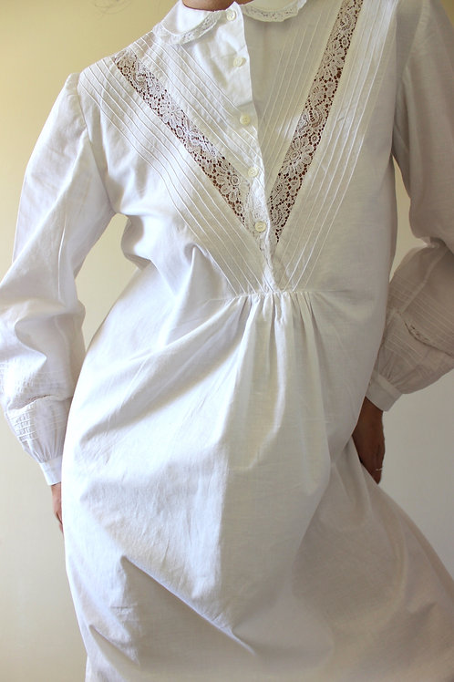 ANTIQUE Italian Cotton & Lace Nightgown with Collar