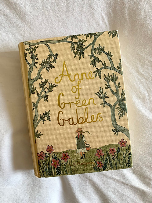 ANNE of GREEN GABLES, by L.M. Montgomery, Hardback Collector's Edition