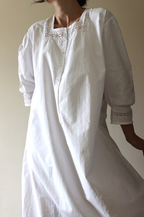 ANTIQUE French Victorian Cotton Nightgown with Monogram