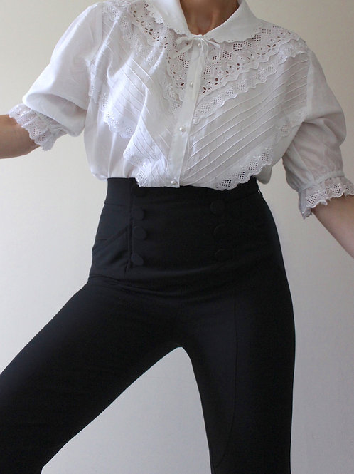 Vintage 100% COTTON Romantic Blouse with Peter Pan Collar and Broderie Anglaise