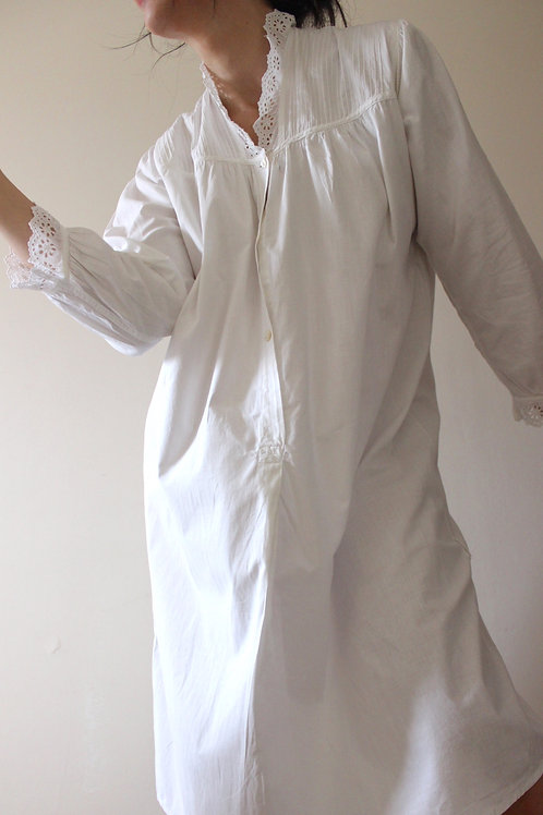 Antique Edwardian Broderie Anglaise Cotton Nightgown