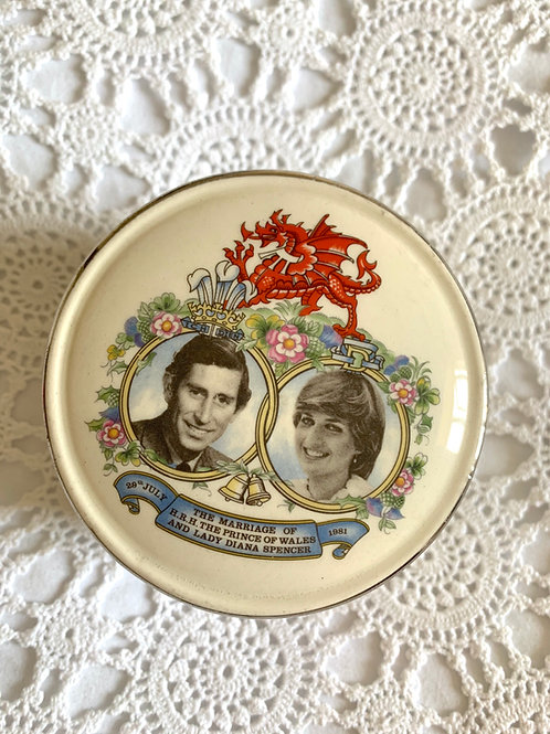 RARE Charles and Diana Large Porcelain Trinket Box by Sadler, MADE in ENGLAND