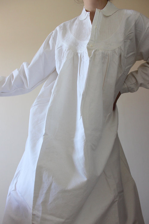 ANTIQUE Pure LINEN Embroidered Full Length Dress with Peter Pan Collar