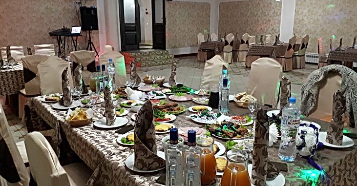 """Ресторан """"Гранат"""" Лобачевского 130б"""