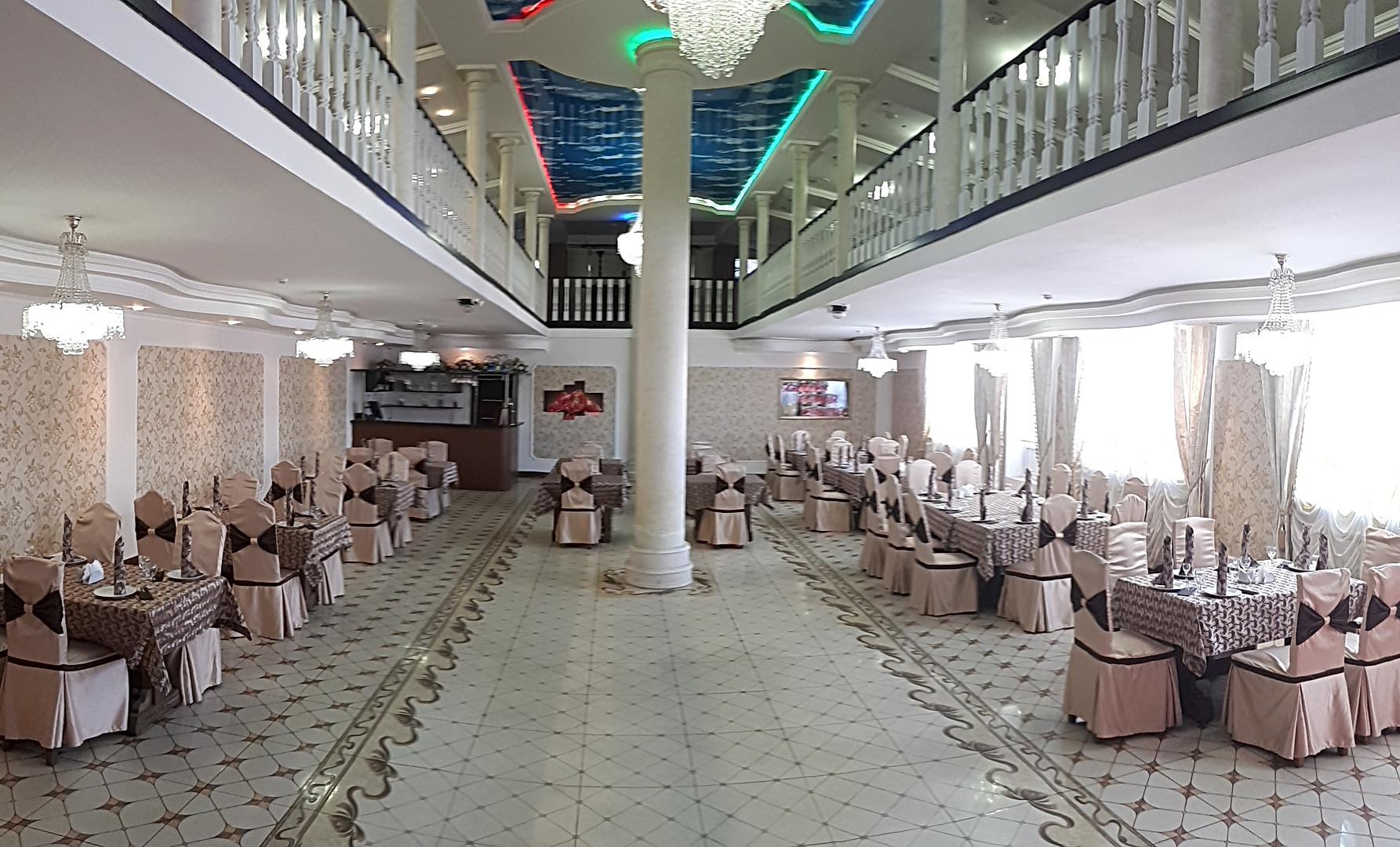 """Ресторан""""Гранат"""" Лобачевского 130б"""