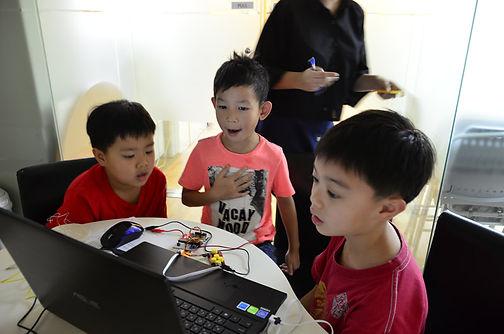 IoT課程, 物聯網課程, 物聯網編程, STEM課程,  STEM到校課程,.