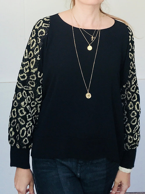 Oversized jumper with leopard print sleeves
