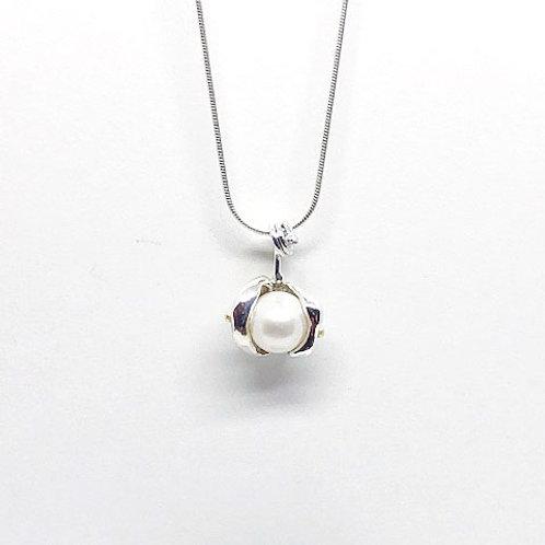 Pendentif perle baroque