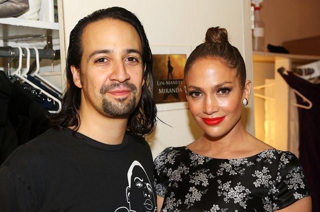 Lin-Manuel-Miranda-and-Jennifer-Lopez-backstage-hamilton-billboard-1548