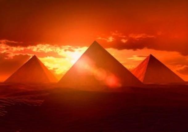 pyramidegypt1