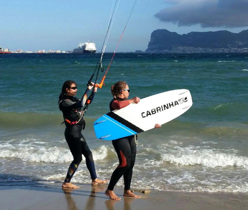 обучение на пляже Palmones
