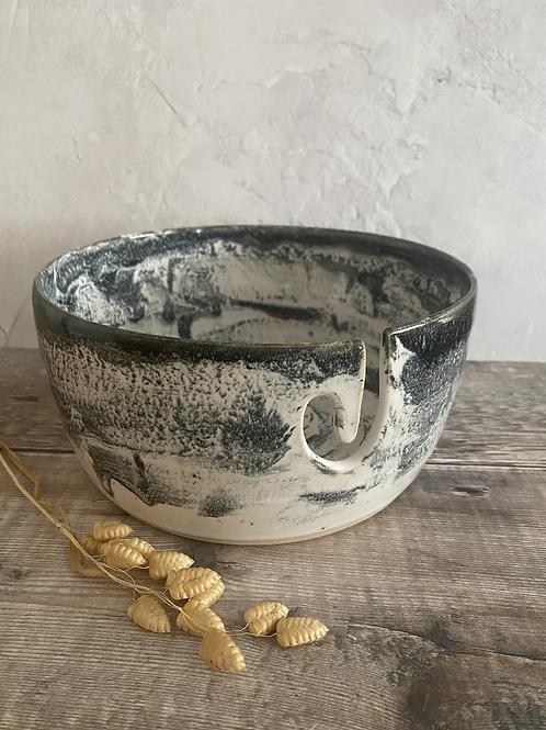 Yarn bowl - monochrome design