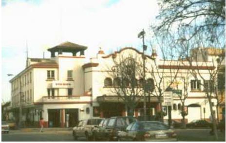 Fachada del Cine Centenario