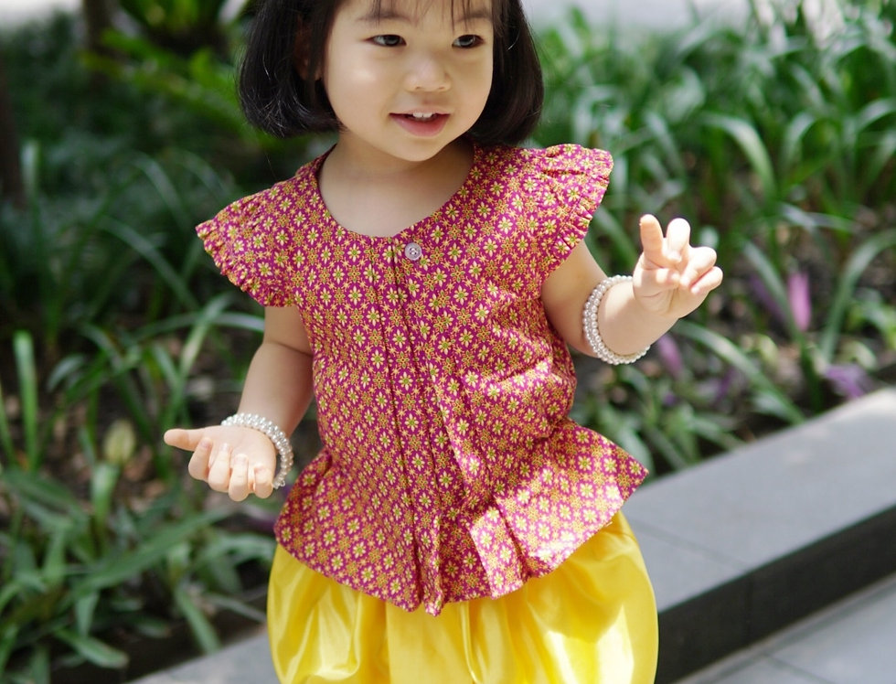 ชุดไทยเด็ก J5 - Red/Yellow