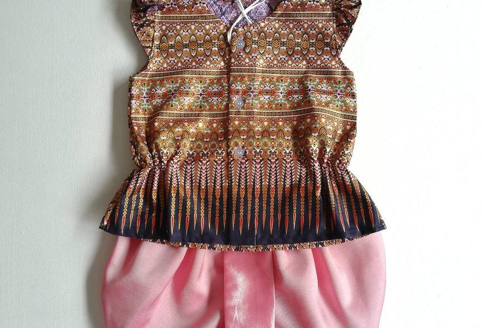 ชุดไทยเด็กหญิง SET21 - Brown