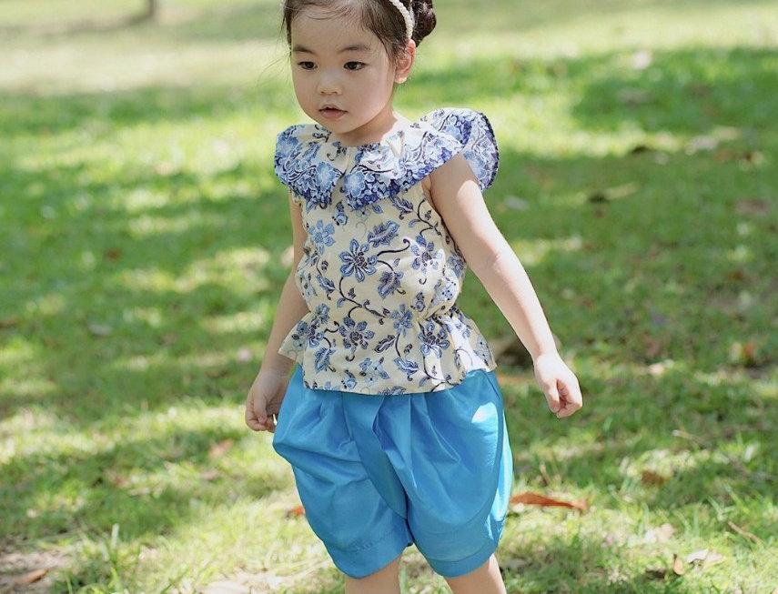 ชุดไทยเด็กหญิง SK2104 - Blue