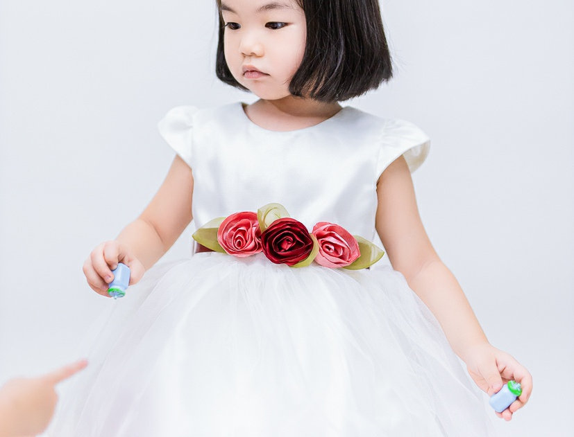 ชุดราตรีเด็ก E2111-white