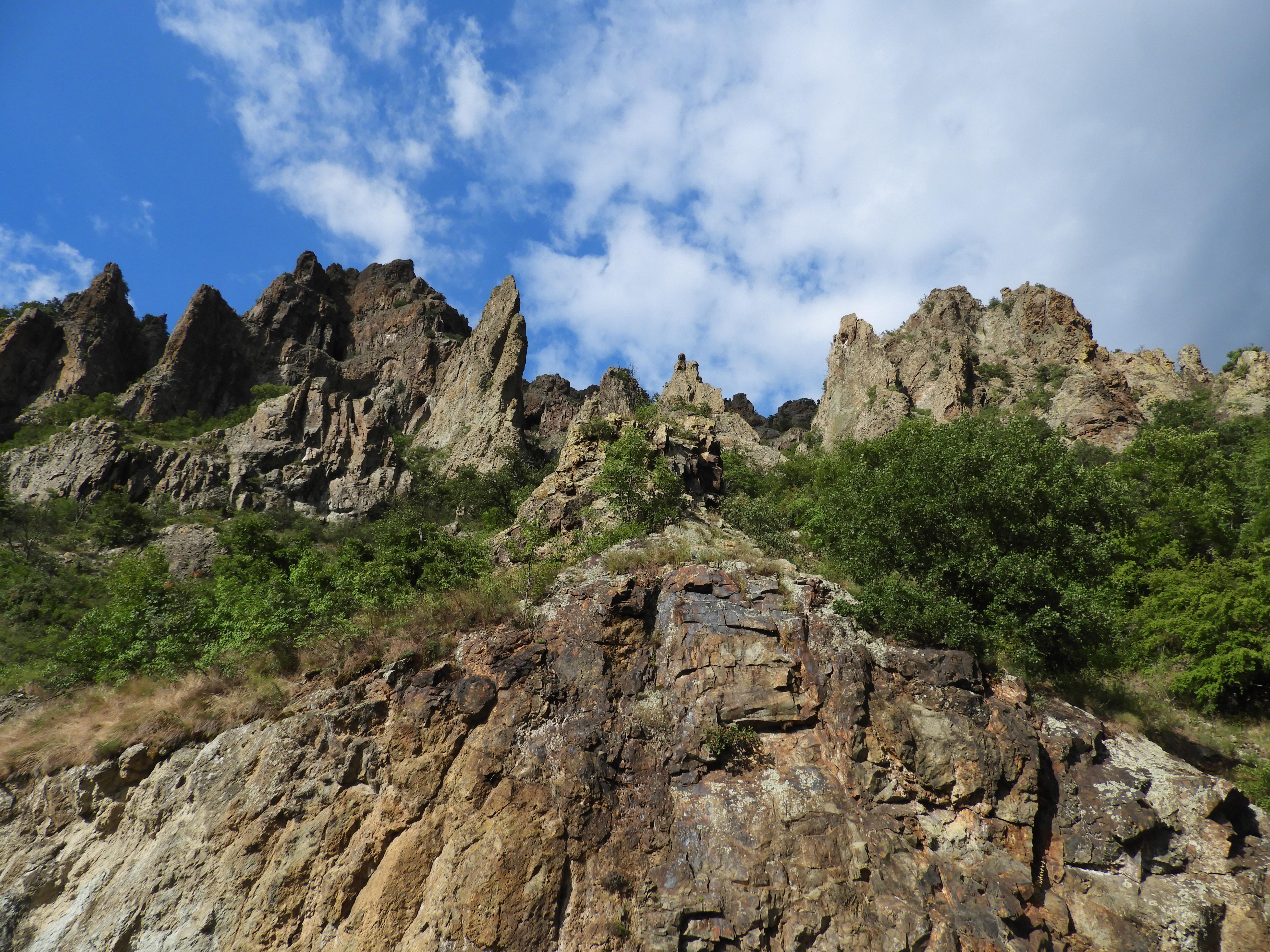 Madzharovo cliffs