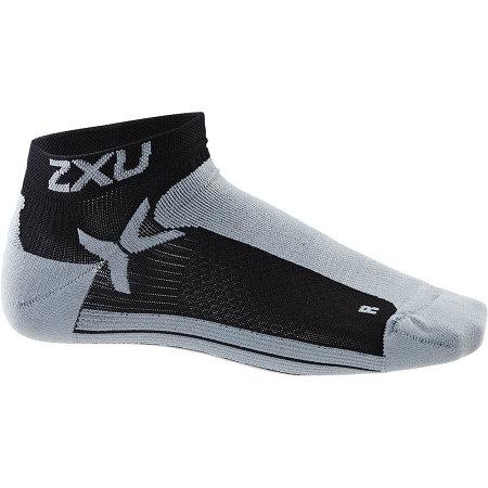 2XU Low Rise Performance Sock Short Socks | Black and Gray