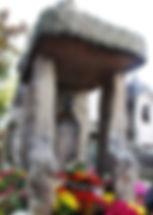 Sur la stèle au père lachaise soutenant le buste en bronze sculpté parPaul-Gabriel Capellaroon peut lire Tout effet a une cause tout effet intelligent a une cause intelligente la puissance de la cause est en raison de la grandeur de l'effetCercle spirite Allan Kardec antenne de l'Hérault spiritisme-herault.com béziers montpellier