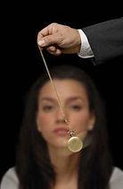 L'hypnose est une forme parallèle de sommeil physiologique qui conduit le sujet endormi à réveiller ses forces inconscientes partant ainsi à la découverte de sa vraie nature à savoir l'esprit L'hypnose est une rencontre parfaite de l'âme et du corps une symbiose harmonieuse et mesurée de l'inconscient et des valeurs qui s'y rattachent Docteur Bernheim cercle spirite allan kardec antenne de l'hérault spiritisme-herault.com béziers montpellier