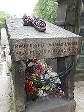 On peut lire sur sa tombe au Père-LachaiseMourir c'est quitter l'ombre pour entrer dans la lumière Cercle spirite Allan Kardec antenne de l'Hérault spiritisme-herault.com béziers montpellier