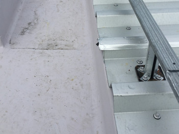 Gutter connection