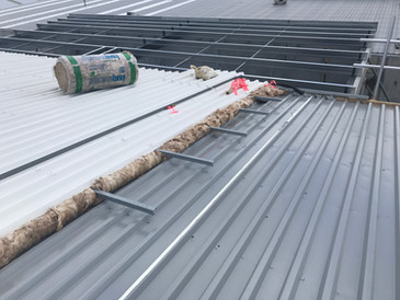 Elite glass wool insulation and metal top skin