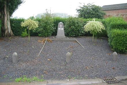 Monument aux morts - Grosage.jpg