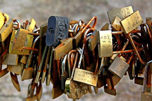 Locks in Love, China