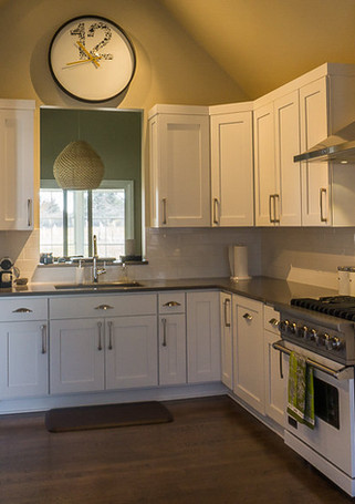 A clean and functional kitchen remodel in Bethany Bay