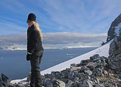 27- Antarctica - Karen - Loftus - Womens