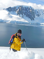 7 - Antarctica - Karen - Loftus - Womens