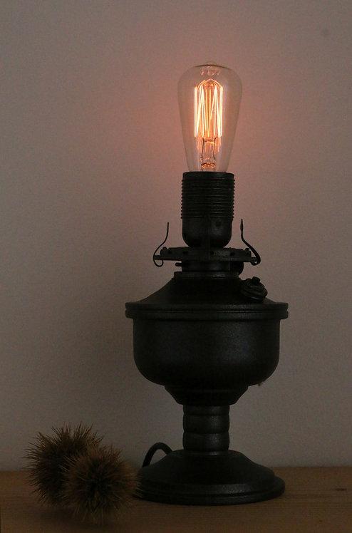 Vintage Lamp 003