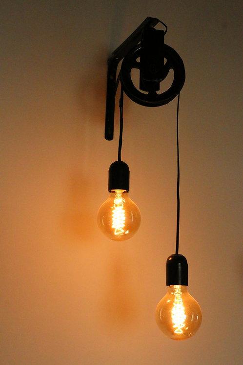 Wall Lamp (Winch) 002