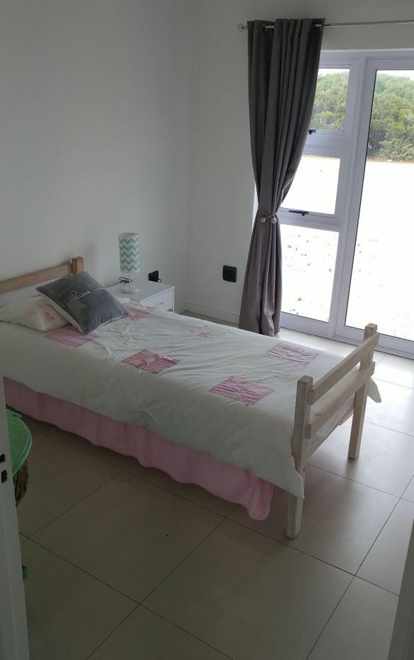 2nd-bedroom_orig.jpg