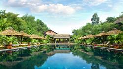 Hue Pilgrimage Village Resort  Deluxe room
