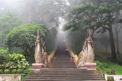 doi-suthep-temple beautiful climb to the top