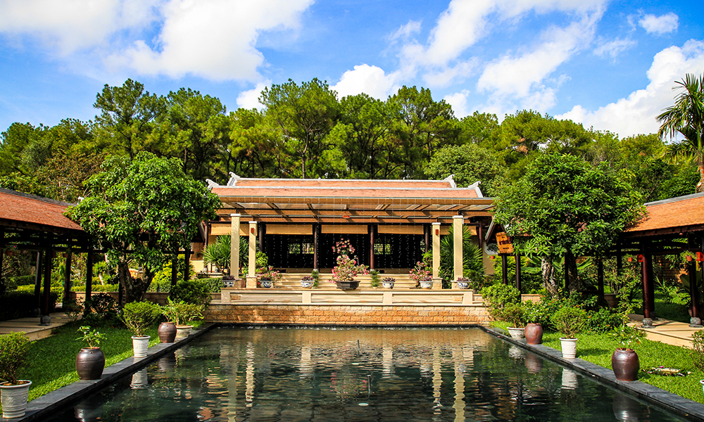 Hue Cat Tuong Quan Zen House